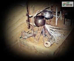 Trempe montada no Rancho do Tropeiro, em 2010, remontando à forma como os tropeiros cozinhavam durante as jornadas com as tropas.