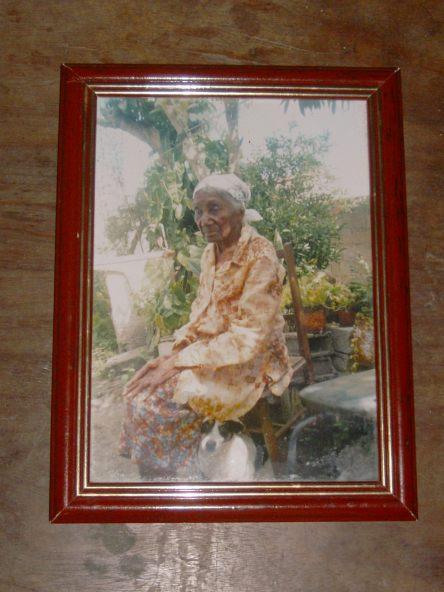Dona Júlia, que foi lavadeira na casa do Coronel Maneca Santos.